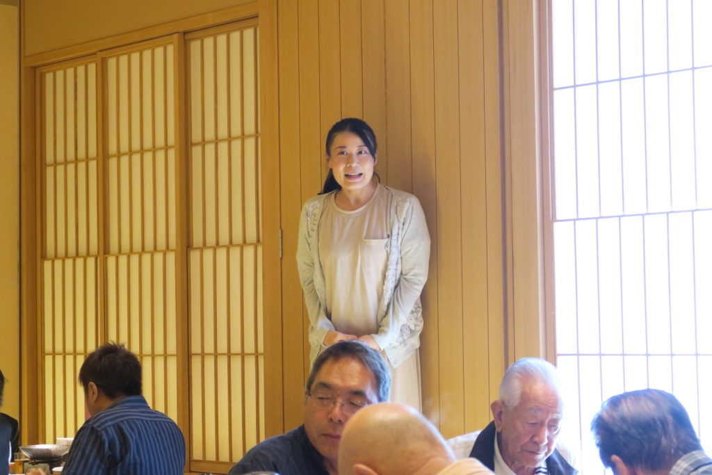 守山支部 高木治夫前支部長・安藤ユミ前女性部長 慰労会12