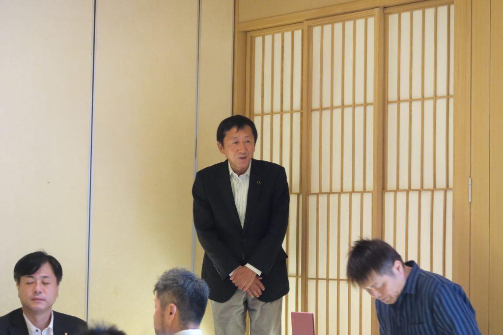 守山支部 高木治夫前支部長・安藤ユミ前女性部長 慰労会5